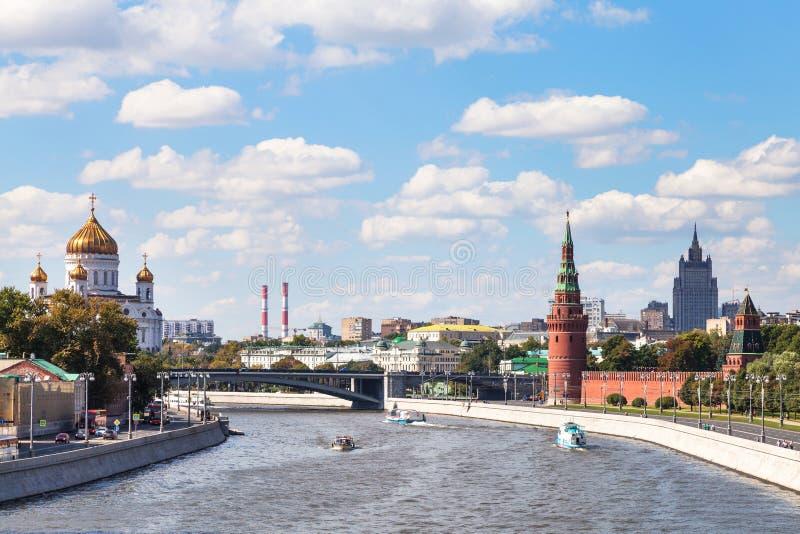 Мост Bolshoy Kamenny на реке Moskva, Москве стоковое изображение