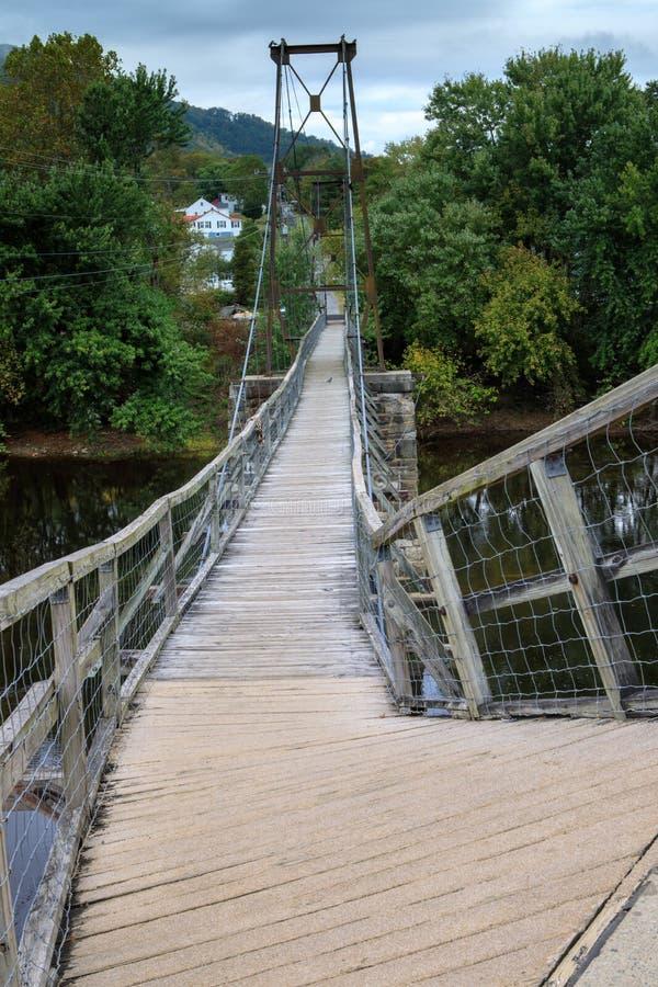 Мост Buchanan Вирджинии отбрасывая стоковые изображения