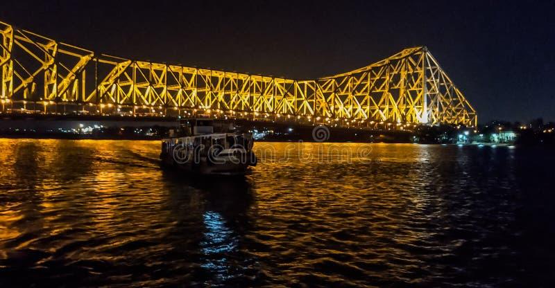 Мост Howrah на вечере стоковая фотография rf