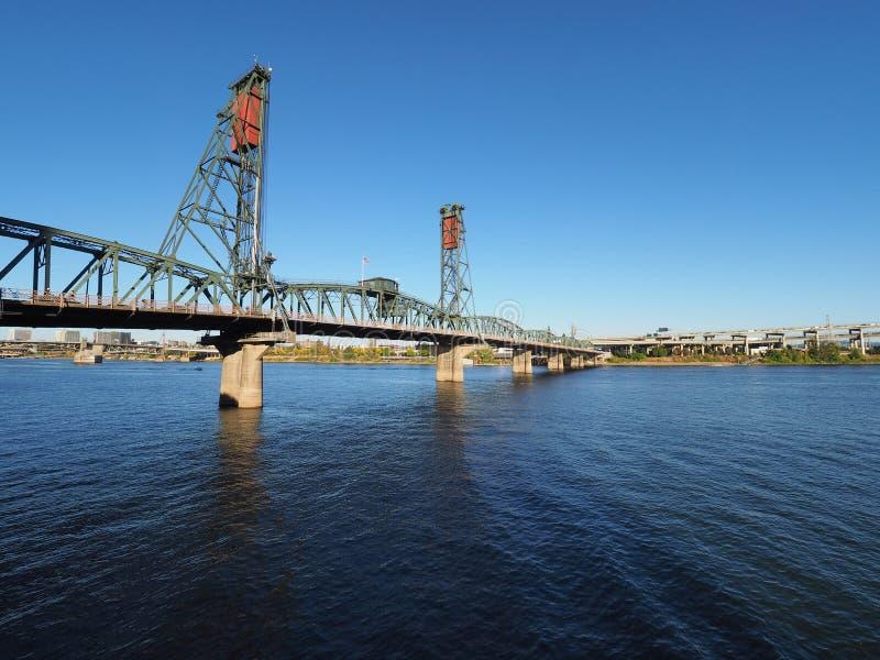 Мост Hwtorne, Портленд, Орегон стоковое фото rf