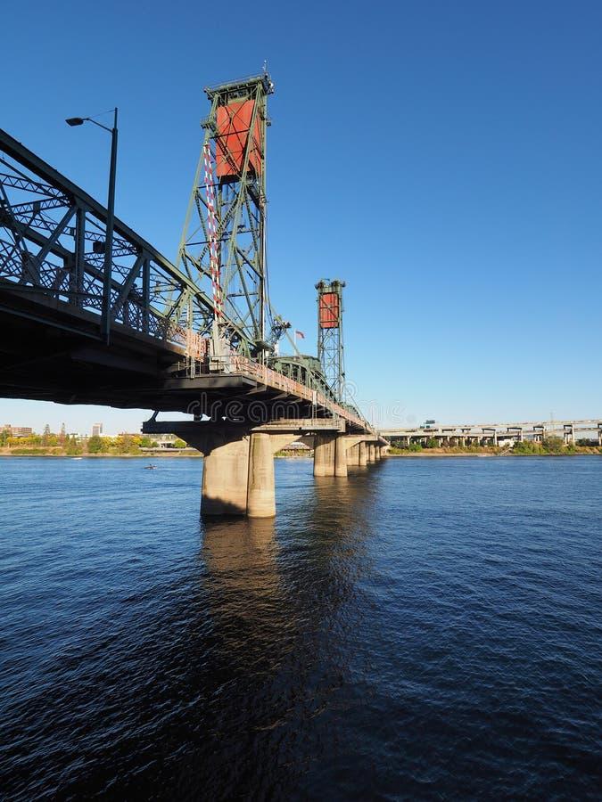 Мост Hwtorne, Портленд, Орегон стоковые фотографии rf