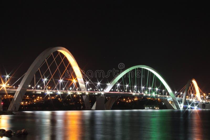 Мост JK на ноче стоковое фото