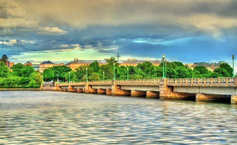 Мост Kutz мемориальный через приливный таз в Вашингтоне, d C стоковая фотография