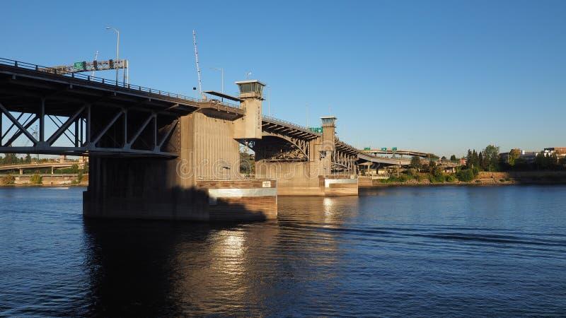 Мост Morrison, Портленд, Орегон стоковая фотография rf