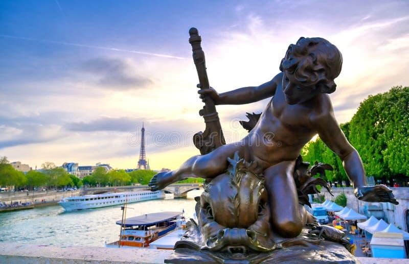 Мост Pont Александр III в Париже, Франции стоковое изображение