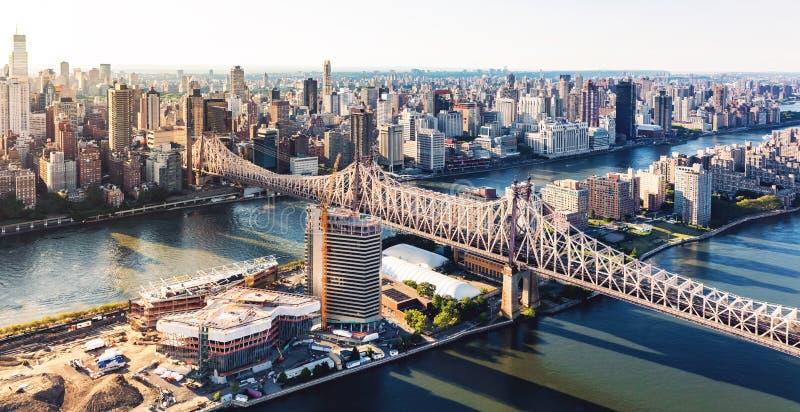 Мост Queensboro над Ист-Ривер в Нью-Йорке стоковая фотография rf