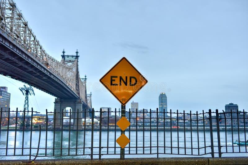 Мост Queensboro от Манхаттана, NY стоковое фото rf