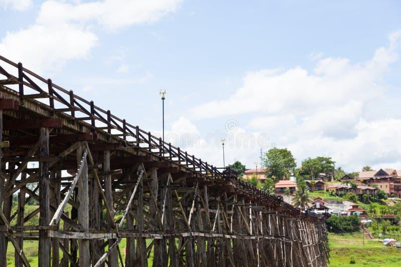 Мост Sagklaburi стоковая фотография