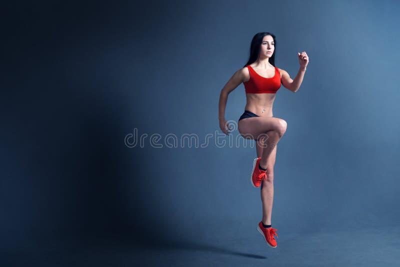 Мотивировка фитнеса женщин стоковые изображения