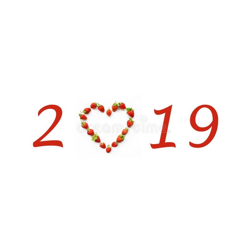 Мотив рождества с сердцем сформировал клубники 2019, Новый Год c стоковое изображение