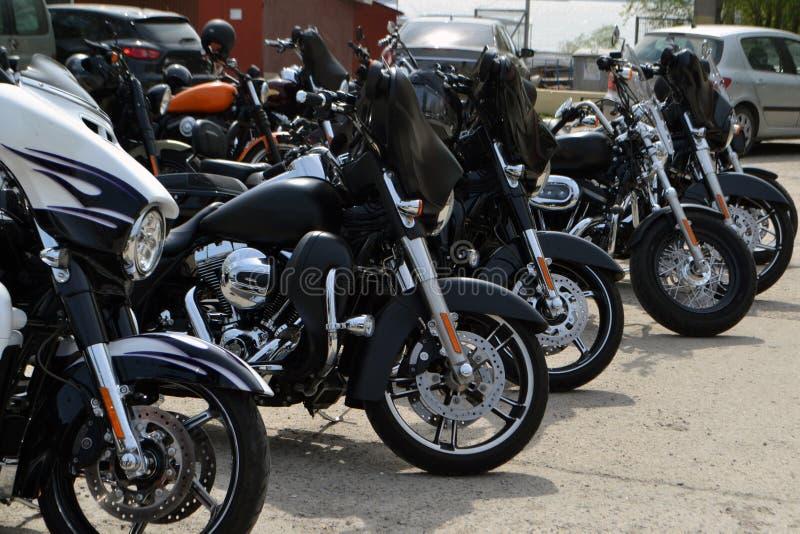 Мотоциклисты с их собственным личным мотоциклом на ежемесячном собрании 15-ое апреля 2018 Calarasi стоковые фото