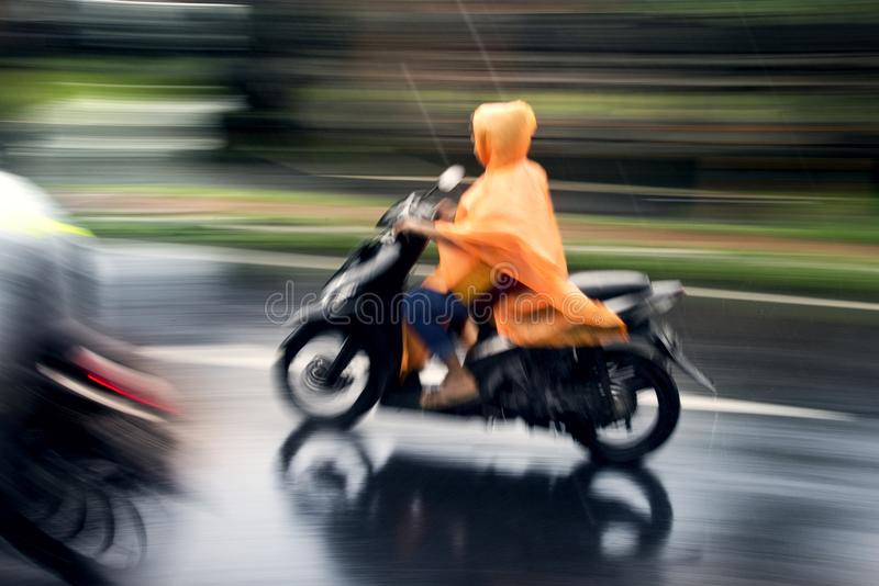 Мотоцикл катания в Бали стоковые фото