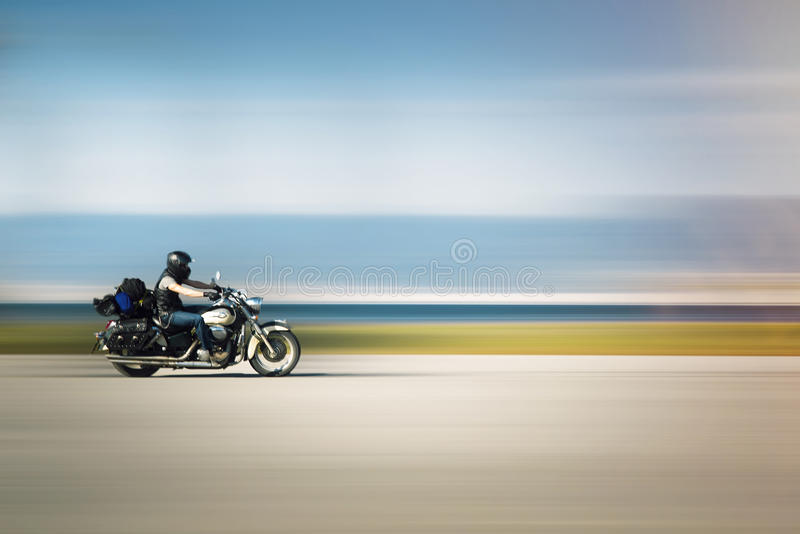 Мотоцикл катания стоковое фото rf