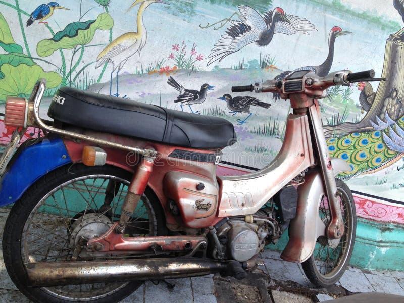 Мотоцилк Suzuki стоковая фотография