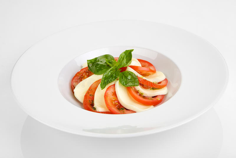 Моццарелла с томатами стоковое изображение rf