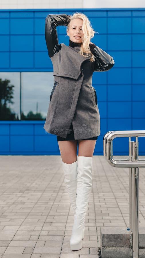 Мода белокурая стоковые фото