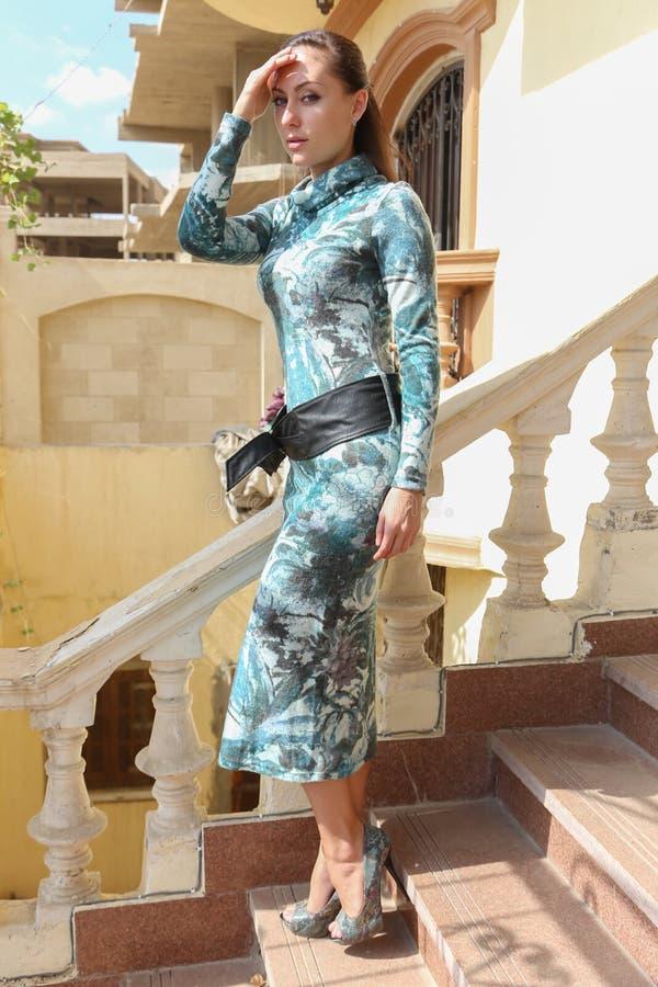 Мода выставки девушки стоковая фотография rf