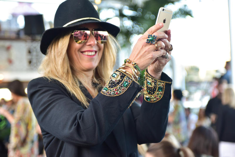 Модный парад Camilla стоковое фото