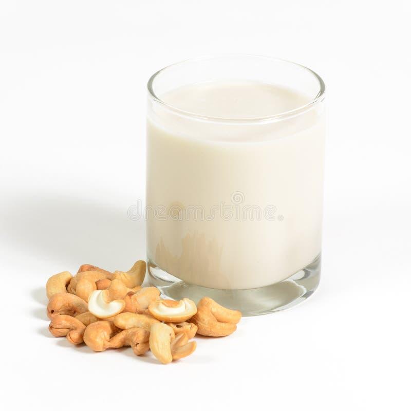 Молоко анакардии стоковые фотографии rf