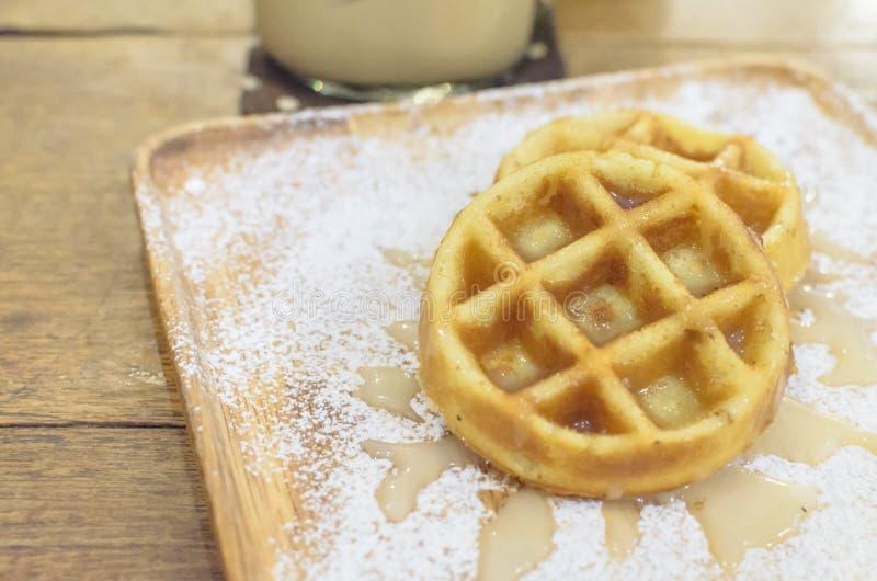 Молоко Creme Waffle стоковые фотографии rf