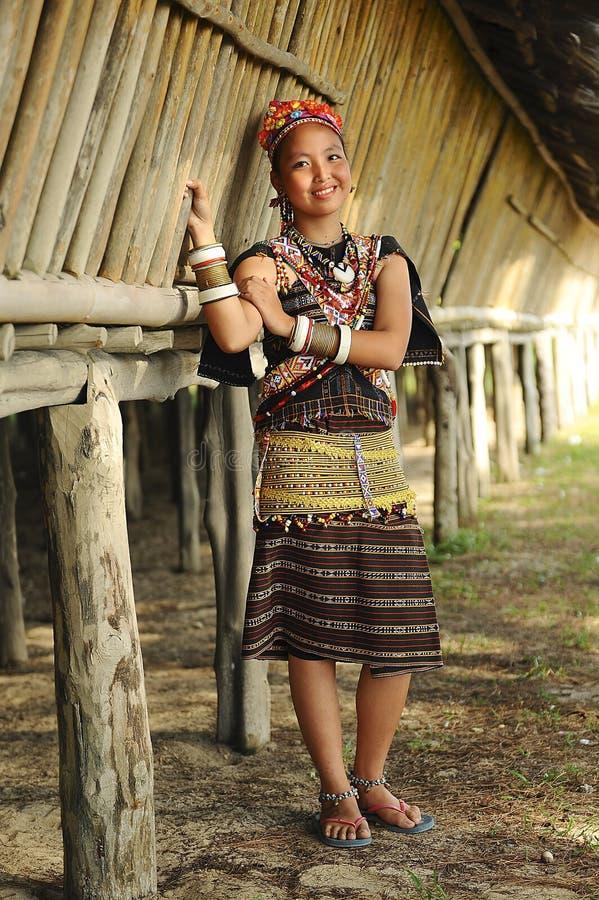 Молодая дама от Rungus этнического стоковая фотография rf