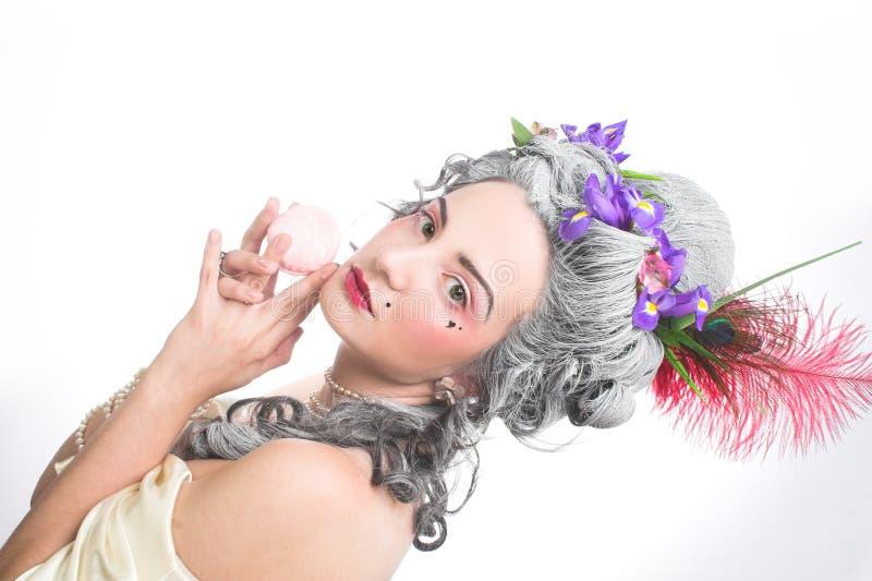 Download Молодая дама стоковое изображение. изображение насчитывающей бобра - 40581059