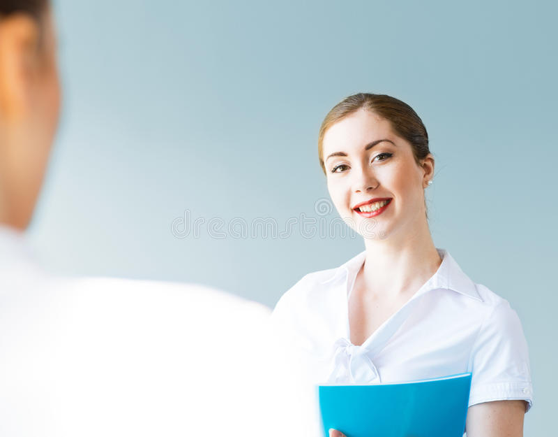 Молодая бизнес-леди стоковое фото