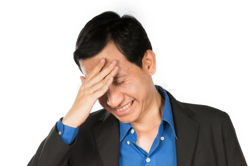 молодая головная боль бизнесмена стоковые фотографии rf