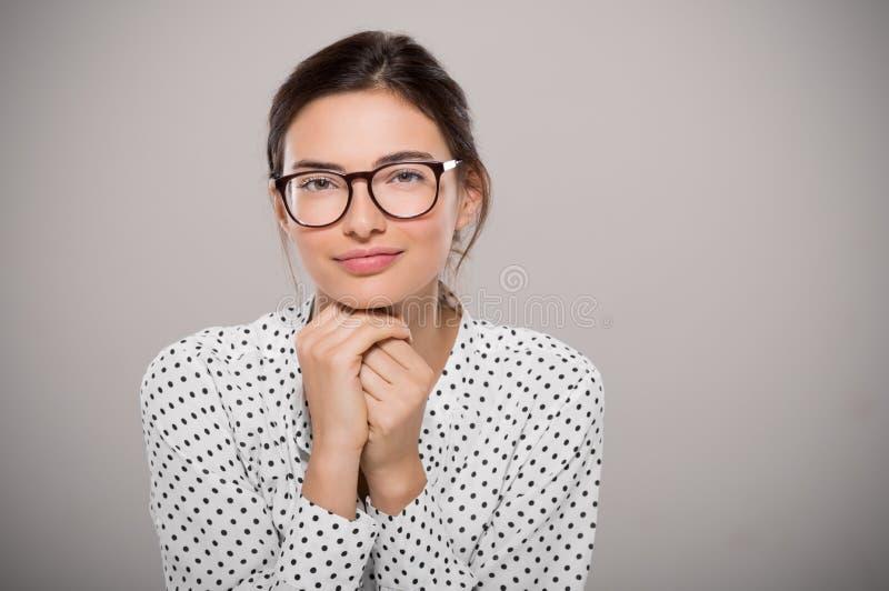 Молодая женщина моды стоковое фото