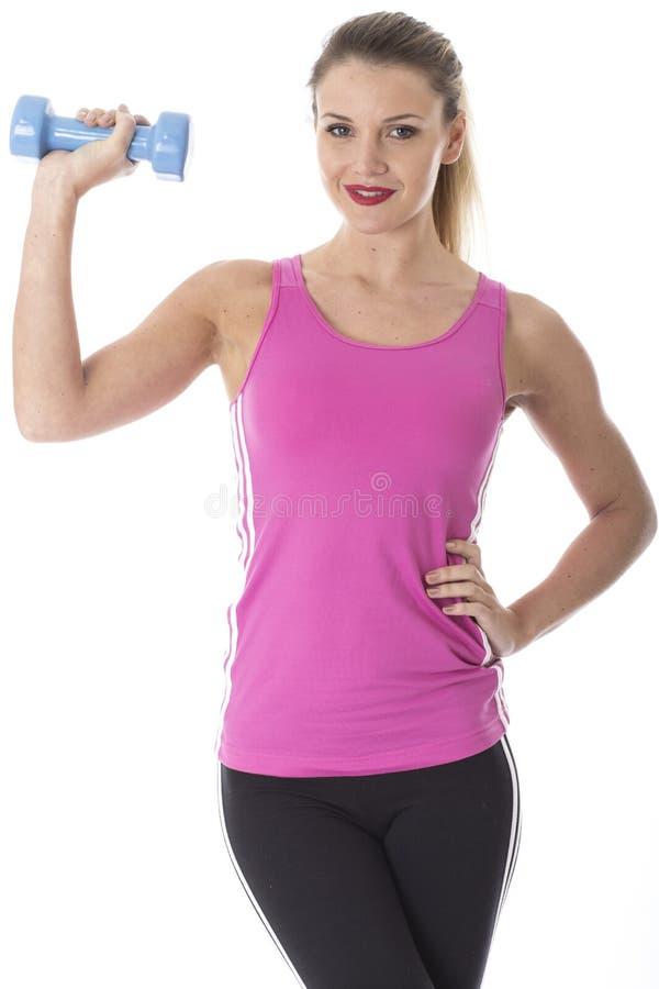 Молодая женщина привлекательной пригонки тонкая стоковое изображение rf