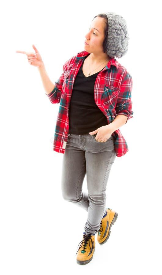 Download Молодая женщина стоя и показывая что-то Стоковое Изображение - изображение насчитывающей направление, стоять: 41651885