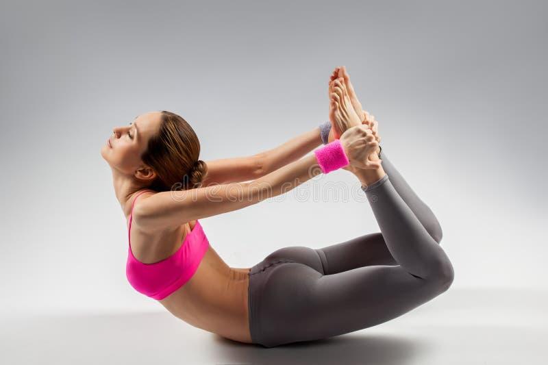 Женщина йоги стоковая фотография rf
