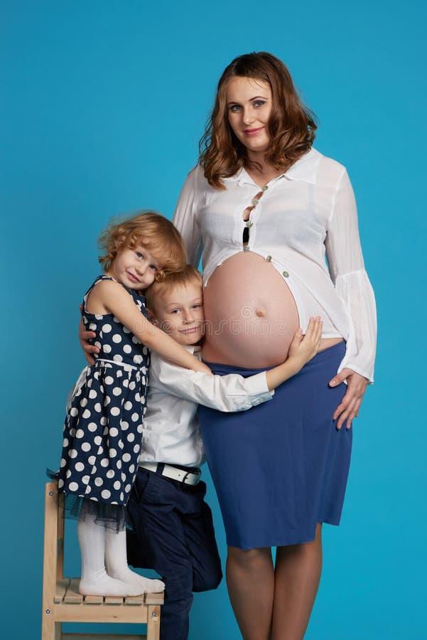 Фото беременных молодых мам