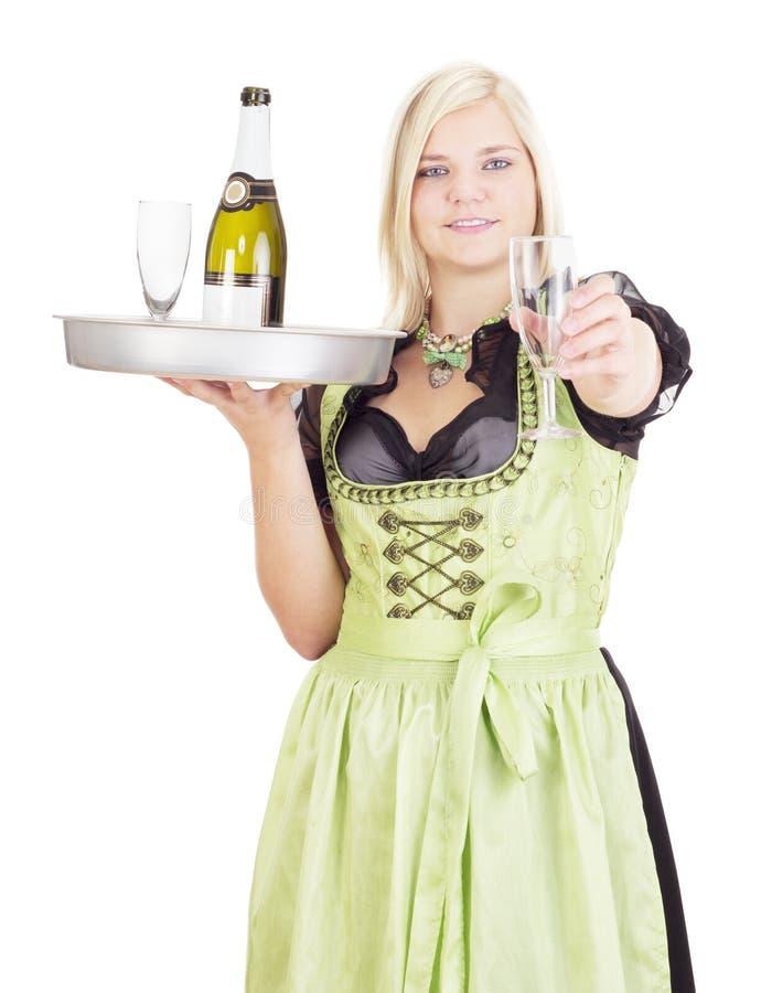 Молодая официантка с подносом стоковая фотография rf