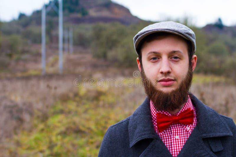 Молодой взрослый портрет человека стоковое изображение