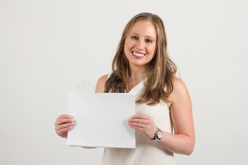 Молодой женский профессионал стоковые фото