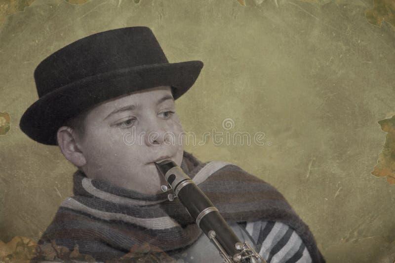 Молодой игрок кларнета стоковые фотографии rf