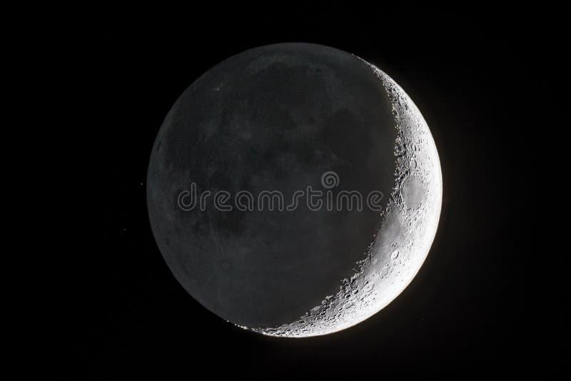 Молодой месяц Earthshine стоковое изображение rf