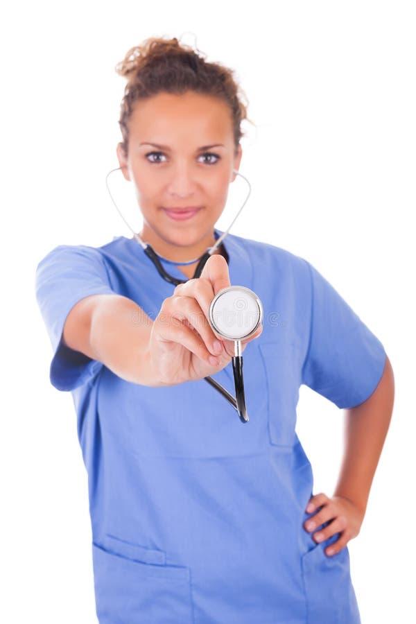 Download Молодой доктор при стетоскоп изолированный на белой предпосылке Стоковое Фото - изображение насчитывающей хирург, специалист: 33735274