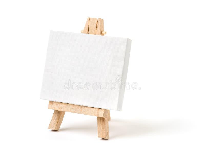 Мольберт с пустым холстом стоковая фотография rf