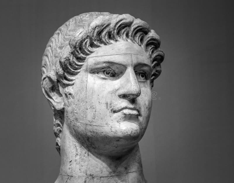 Мраморная голова императора Nero римского стоковая фотография rf