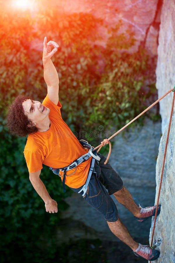 Картинки альпинистов на веревке смешные