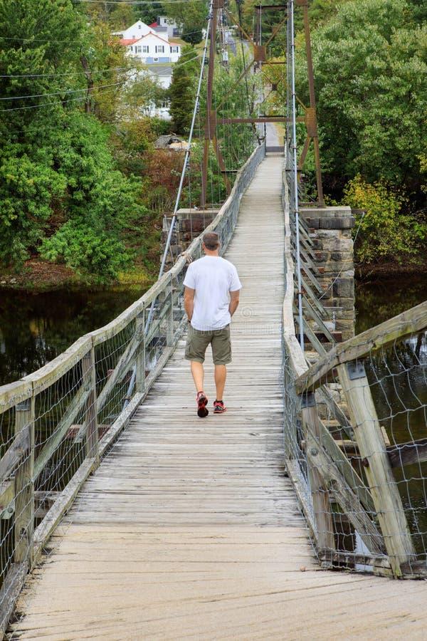 Мужской пешеходный переход моста Buchanan Вирджинии отбрасывая стоковые фото
