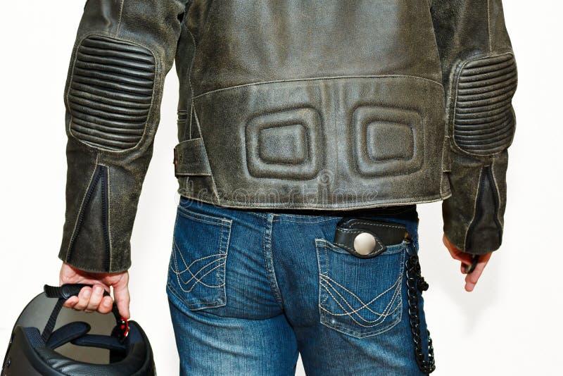 Мужск человек в оборудовании мотоцикла защитном стоковые изображения rf