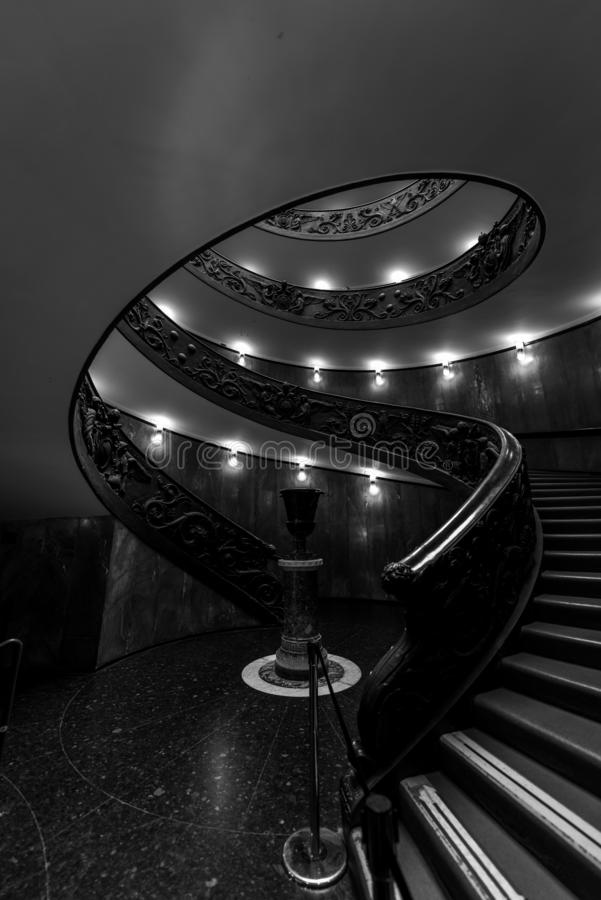 Музеи Ватикана - красит в темноте стоковые фото