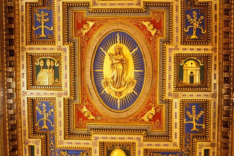 Музеи Ватикана - потолок стоковые изображения