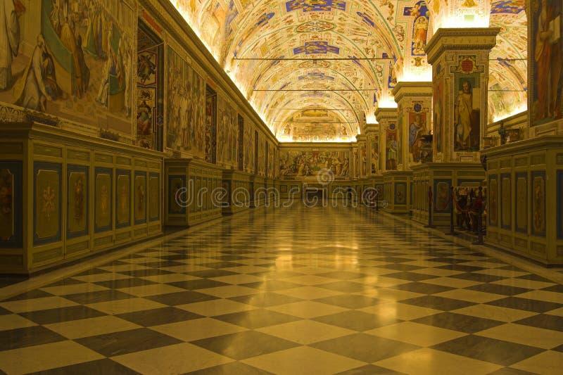 музеи vatican корридоров стоковое изображение