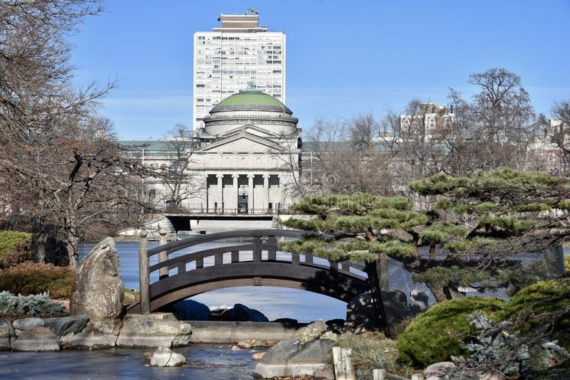 Музей над мостом луны стоковые изображения