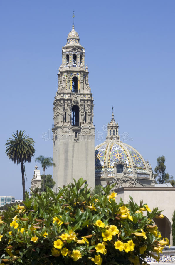 Музей Сан-Диего человека в парке бальбоа в Сан-Диего, Калифорнии стоковое фото rf