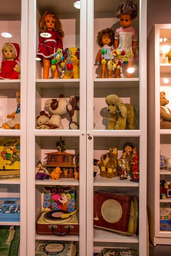 Музей советских игрушек в магазине Москве России центральных детей стоковые изображения rf